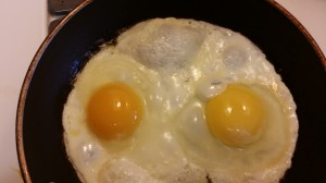 h and h egg on left, store bought on right